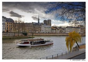 december in paris II by bracketting94