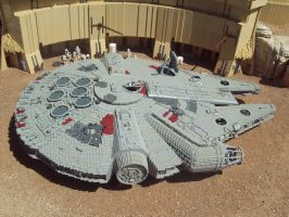 Lego Millennium Falcon, Master version by terraluna5