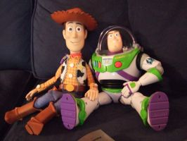 Watching Toy Story 2 by JereduLevenin