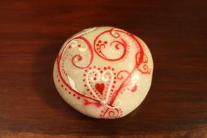 Victorian Heart Hand painted stone (Etsy) by emmysheartsncrafts