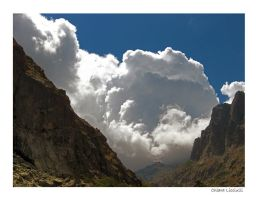 Giant Cloud by FrugolaRossa