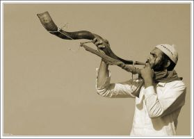 Shofar by RoieG