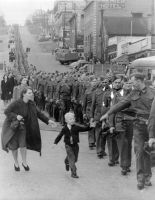French kid greeting a Spanish that liberated Paris by dlink97