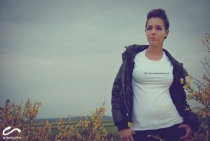 Shooting - 10 by Touloulou