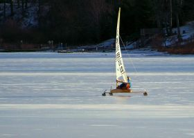 Ice Boat by musksnipe