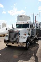 White Freightliner by Wolfje1975