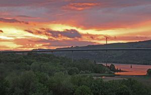 Sunset over the Clyde by Rebacan