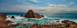 Sugarloaf Rock by ozlizard