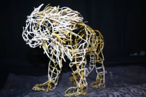 Twist Tie Lion by CentiumCuspis