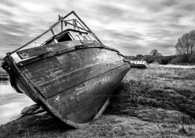 Abandoned Boat 2 by Colin-Pierce