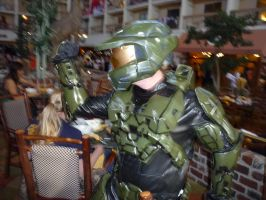 Master Chief cosplay by LuxiotheEchidna