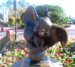Dumbo statue by Brittastic174
