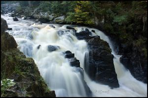 Black Linn Falls II by FlippinPhil