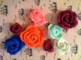 Crochet Roses by lovechairmanmeow