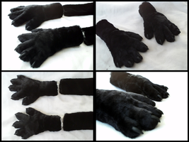Skyvaal Sergal Handpaws by CuriousCreatures