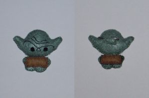 Yoda brooch by neferush