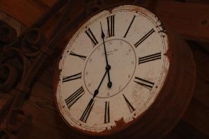 Alte Uhr - Old clock by blubberblase99