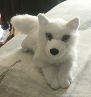 Another little white wolf c: by goiku