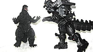 Godzilla vs Kiryu: a Bandai articulated toy battle by XxHXCLIONxX