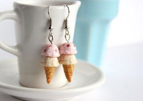 Strawberry Vanilla Ice Cream Earrings by LaNostalgie05