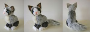 Mitted blue point cat by SarityCreations