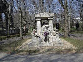 Grave of a famous Hungarian Singer by Malintra-Shadowmoon