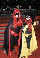Batwoman and Batgirl by ComfortablyEccentric