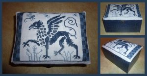 Griffin keepsake box by black-lupin