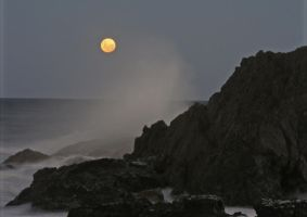 full moon headland by dan-em111