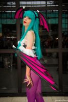 Lilice Cosplay Morrigan Aensland Darkstalkers 03 by JonathDer