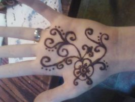 Henna Hand by sadie-is-cool