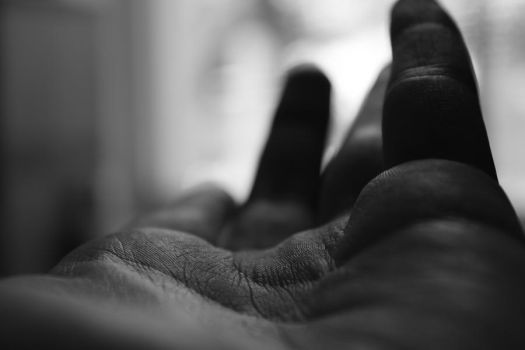 shadows of a hand by amysticflame