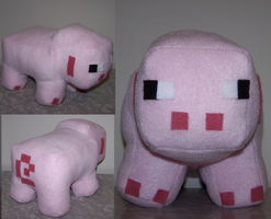 Minecraft Pig Plush by obesolete