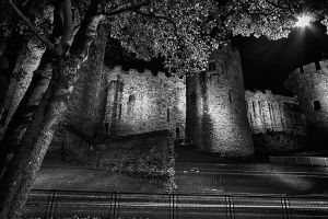 conwy castle at night by CharmingPhotography