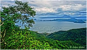 Taal Lake VII by lukias-saikul