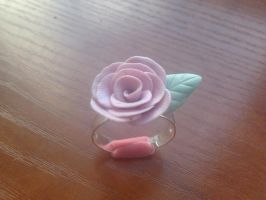 Rose ring by elmolak13