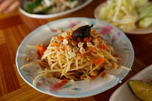 Thai papaya salad.. by jeffzz111
