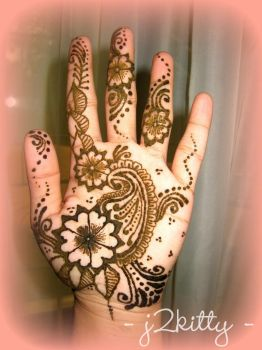 Henna, today... by j2kitty