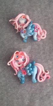 Piccole Pegasine Rosa by ombrascura