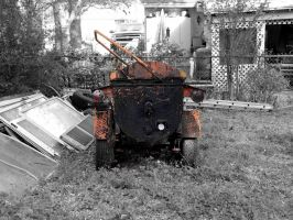 Old Tractor by Geistson
