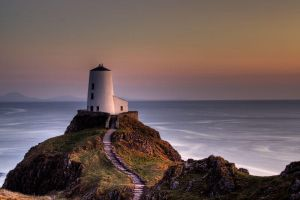 Landdwyn Lighthouse by CharmingPhotography