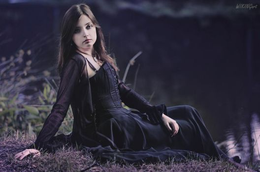 Gothic Elegance [3] by Luin-Tinuviel