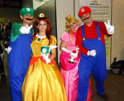 Mario cosplay Group by MistressAinley