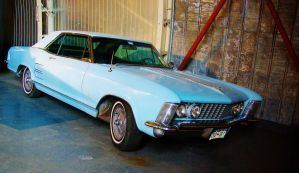 Buick Riviera 1964 by Crazy-Mouse