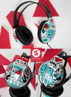 Grafik Jazz Headphones by Bobsmade