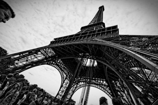 La Tour Eiffel by broxy