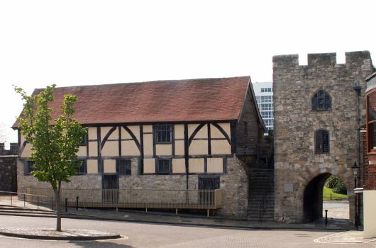 Southampton Westgate And Merchant's Hall by faeriesoph