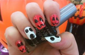 Jack-O-Lantern N Ghosts Nails by MissDaniLips