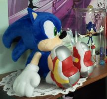 Soap Shoes Sonic Plush by Blue-Sonikku