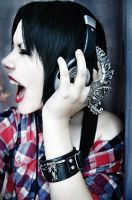 Music scream by Helen-Stifler